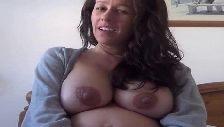 Naked Pregnant Woman Kelly Hart Showing Off Her Body