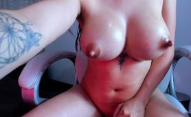Big Lactating Boobs MILF Squirting Breastmilk Porn
