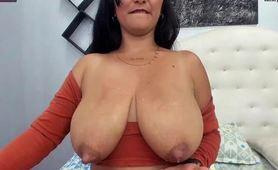 Huge Lactating Boobs MILF Tits Squeeze
