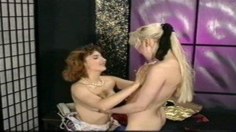 Preggo Nude Breastfeeding Lesbian Porn