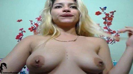 Lactating Webcam Teen MILF Milking Her Tits